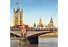 A London Tourist Guide. You Don't Need A Travel Agent To Pick A Great London Hotel. A great hotel turns your vacation into a fantasy. When you spend too much you can't afford to have fun. London Eye, London Hotels, Covent Garden, Best Hotel Deals, Best Hotels, London Flug, Romantic Places, Beautiful Places, Spas