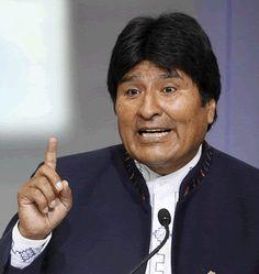 """E l presidente de Bolivia, Evo Morales, lanzó en Roma """"la quinua"""", un grano originario de la Cordillera de Los Andes, ecológico y de alto valor nutricional, como alimento clave para combatir el hambre en el mundo."""