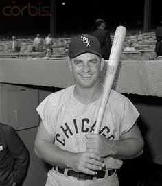 Ted Kluszewski at Yankee Stadium, 1959 White Sox Baseball, Baseball Star, Baseball Photos, Sports Photos, Baseball Players, Baseball Cards, White Sox World Series, Cincinnati Reds Baseball, Louisville Slugger
