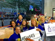ktrhee: Raising awareness for the 45m living in poverty in America. #End45 #endpoverty #Todayplaza @todayshow @alexontheplaza #client
