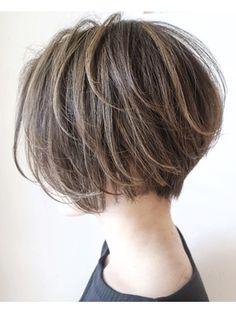 Lob Hairstyle, Pretty Hairstyles, Short Hair With Layers, Short Hair Cuts, Shot Hair Styles, Curly Hair Styles, Androgynous Haircut, Short Bob Haircuts, Asian Bob Haircut