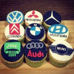 30 Cool Cupcakes For Automotive Engineers - Cupcakes Gallery Cupcakes For Men, Fun Cupcakes, Cupcake Cookies, Engineering Cake, Fondant Tips, Logo Cookies, 30 Birthday Cake, Cake Logo, Dream Cake
