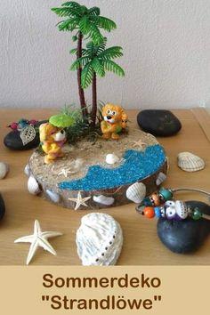 Diese Sommerdekoration ist aufgrund von Erinnerungen an den letzten Strandurlaub entstanden... Glue Crafts, Beach Holiday, Plant Decor, Living Area, Feet, Etsy, Design, Seasons Of The Year, Memories