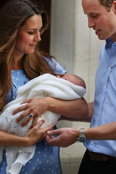 A sweet moment for the Prince of Cambridge and his two adoring parents.