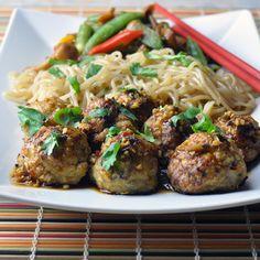 Asian Chicken Meatballs w/ Szechuan Garlic Sauce by unorthodozepicture #Meatballs #Chicken #Asian #Healthy