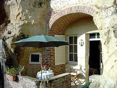 Bed and Breakfast Cave in the charming troglodyte village of Trôo in the Loir Valley.