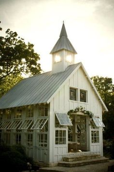 love this garden shed that looks like a church