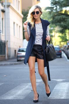 http://stylelovely.com/themidniteblues/2014/09/29/autumn-sailor/ fall, autumn, strips, big vest, long vest, mango, zara, sailor, blue, navy, black, round sunglasses, shorts, leather, look, lookbook, outfit, ootd, street style, style, estilo, moda, trend, tendencia, blog de moda, blogger, blog, blonde, fashion, curls, mercedes maya, spanish, barcelona, bologna, italy, spain, fit, healthy, girl, body,