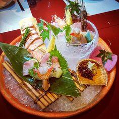 Beautiful bowl of sashimi I had at Sasagawa Japanese Cuisine. Air flown from Japan 4 times a week freshness guaranteed! Review will be out tomorrow stay tune. #mimisdiningroom #yencaneat #sasagawa #japanese #sashimi #seafood #kaiseki by choiyen
