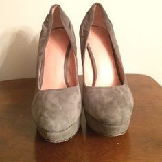 Vince Camuto Grey Platform Heels Platform heels, grey suede, back stitching on left heel has a run at the bottom. Perfect condition besides that! Worn twice for special occasions. Vince Camuto Shoes Platforms