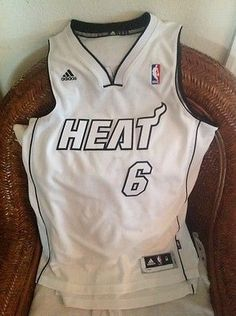 WHITE HOT Lebron James Miami Heat #6 Adidas NBA Jersey Size M  Lenght+2 Mens
