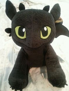 "BUILD A BEAR TOOTHLESS HOW TO TRAIN YOUR DRAGON 2 STUFFED PLUSH 17"" DOLL NEW"