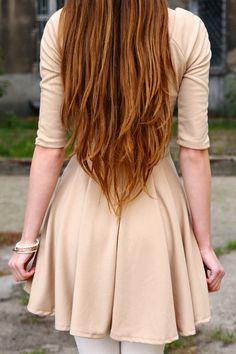 Love the way it's cut into a V shape at the bottom - - Love the way it's cut into a V shape at the bottom Long Hair Trends Ich mag die Art und Weise, wie es unten in eine V-Form geschnitten wird Long Hair V Cut, Haircuts For Long Hair With Layers, Really Long Hair, Long Layered Hair, Layered Haircuts, Cute Long Haircuts, Face Shape Hairstyles, Cool Hairstyles, V Shaped Layers