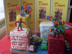 spiderman New York cake- super heros diner