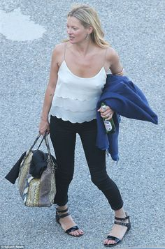 Kate Moss in France Lila Grace Moss, Celebrity Dresses, Celebrity Style, Kate Moss Style, Queen Kate, Autumn Clothes, Online Dress Shopping, Shopping Sites, Victoria Dress