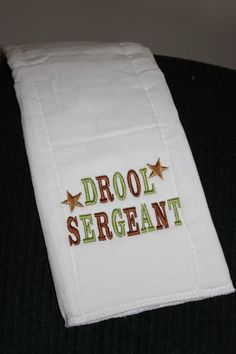 embroidered burp cloths   Embroidered Burp Cloth Drool Sergeant by Babies2Bowwows on Etsy Burp Cloth Diapers, Burp Rags, Baby Burp Cloths, Baby Bibs, Machine Embroidery Projects, Machine Embroidery Applique, Sewing Projects For Kids, Sewing Ideas, Baby Crafts