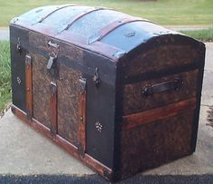611 Tin Filigree Restored Antique Trunk, Original Victorian Lithographs, Dtd 1891 Hardware, Beautiful Oak Wood Slats, New Leather Handles