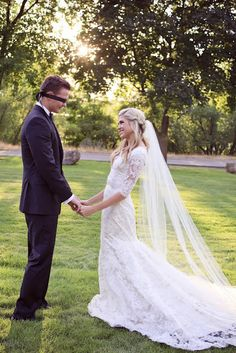 Love this wedding dress with sleeves!