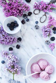 4 Ingredient Blackberry Ice Cream by callmecupcake: Blackberries, lemon juice, heavy whipping cream, sweetened condensed milk. #Ice_Cream #Blackberry