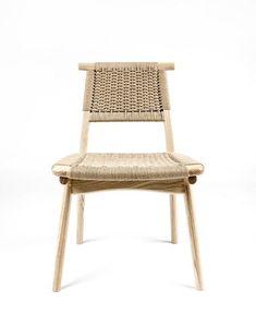 Rian Bullhorn Chair