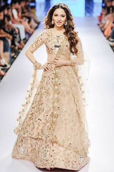 Tamannaah Bhatia sizzles on the ramp in a creation by designer Payal Singhal