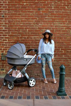 Chic & stylish stroller with all the functionality too –Stokke Crusi  Buy it here! https://strolleria.com/products/stokke-crusi-stroller-black-melange?variant=17785691777