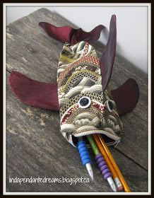 lindapendante dreams: Zip Lipped Fish Pouch With Tutorial
