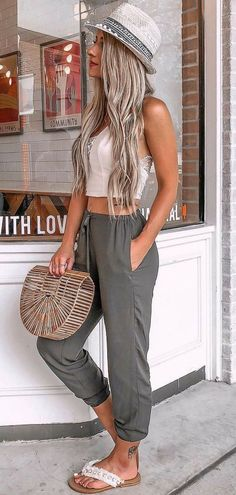 Fashion: 48 Pretty Summer Outfits you Must to Try in holida. holiday outfits 48 Pretty Summer Outfits you Must to Try in holiday fashion # fashion Cool Summer Outfits, Summer Fashion Outfits, Simple Outfits, Spring Summer Fashion, Trendy Outfits, Summer Dresses, Holiday Dresses, Casual Summer Outfits Women, Style Summer