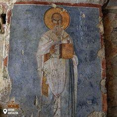 Чи знали ви, що Санта (або Святий Миколай) був справжньою історичною фігурою? Ви можете відвідати його церкву, яка і сьогодні лишається місцем паломництва! #Turkey #Homeof #FatherChristmas #Demre #Antalya