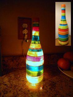 Bottle lights diy striped diy deko - diy lamp from wine bottles - creative decorating ideas Old Glass Bottles, Glass Bottle Crafts, Painted Wine Bottles, Lighted Wine Bottles, Diy Bottle, Bottle Lights, Bottle Lamps, Decorated Bottles, Home Decoracion