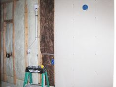 How to hang drywall in basement Hanging Drywall, Cheap Houses, From The Ground Up, Home Improvement Projects, My Dream Home, Basement, Garage, Home Appliances, Building