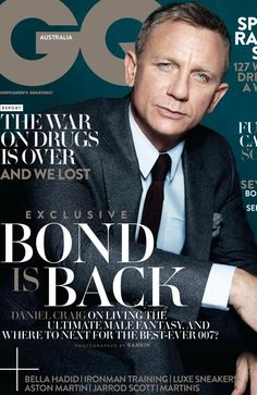 DANIEL Craig has been in James Bond's suit for quite a while now. Gq Magazine Covers, Magazine Man, Magazine Cover Design, Health Magazine, New James Bond, Daniel Craig James Bond, Craig 007, Gq Mens Style, Gq Style
