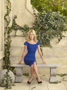 Kelly Ripa: from All My Children to Regis Philbin to Ben Mulroney Kelly Ripa Mark Consuelos, Tv Girls, Famous Women, Red White Blue, American Actress, Celebrity Style, Bodycon Dress, Actresses, Female