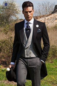 Wedding Suits Whooooooo Jake would look so good in this - Italian bespoke wedding morning suit, black coat in pure satin wool and formal pants, style 95 Ottavio Nuccio Gala, Gentleman collection. Fall Wedding Tuxedos, Black Suit Wedding, Tuxedo Wedding, Wedding Men, Wedding Suits, Wedding Groom, Wedding Ideas, Gothic Wedding, Wedding Poses