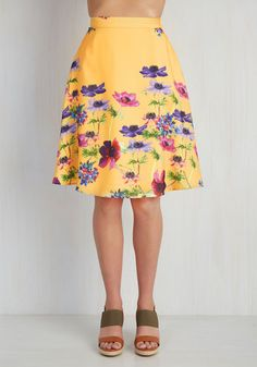 Profound Pizzazz Skirt in Golden Meadow. Jazz up your workday or weekend with the enlightening elegance of this floral skirt. #yellow #modcloth
