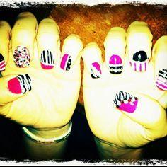 Love my nails! Cute nail art idea.