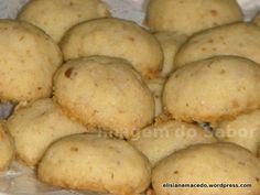 Esta receita produz um biscoito amanteigado que derrete na boca e os pedacinhos de nozes garantem sabor e um crocante delicioso. Você prepara em menos de meia hora biscoitos para acompanhar um café…