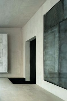 Villa in Vienna by Vincenzo De Cotiis – more: www.leuchtend-gra… / Interior * … Villa in Vienna by Vincenzo De Cotiis – more: www.leuchtend-gra… / Interior * Minimalismus by LEUCHTEND GRAU Architecture Durable, Interior Architecture, Design Hotel, House Design, Vincenzo De Cotiis, Tadelakt, Interior Decorating, Interior Design, Interior Paint