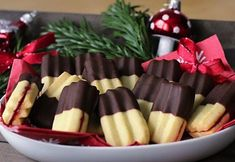 Christmas Kitchen, Christmas Candy, Christmas Baking, Christmas Cookies, Desert Recipes, Sweet Tooth, Almond, Deserts, Food