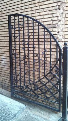 Alleyway gate in downtown Greenville