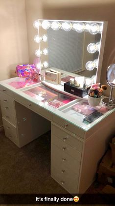 SlayStation® Plus Tabletop + Glow Plus Vanity Mirror + Drawer Units Bundle - Impressions Vanity Co. Mirrored Vanity Desk, Vanity Table Set, Dresser With Mirror, Dresser Table, Dresser Ideas, Diy Vanity Mirror With Lights, Vanity Set Up, Girls Vanity, Makeup Vanities