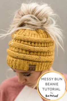 Heres a step by step guide on how to get the perfect bohemian messy bun with Thr. Heres a step by step guide on how to get the perfect bohemian messy bun with Three Bird Nest's new Messy Bun Beanies! Beanie Hairstyles, Messy Bun Hairstyles, Hairstyle Ideas, Messy Bun Knitted Hat, Knitted Hats, Ponytail Beanie, Bun Beanies, Braided Ponytail, Cute Messy Buns