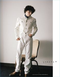 Finn-Wolfhard-2017-Interview-Germany-Cover-Photo-Shoot-002