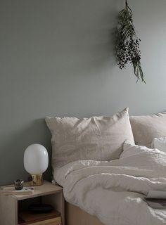 Home Interior Scandinavian .Home Interior Scandinavian Bedroom Green, Small Room Bedroom, Home Bedroom, Bedroom Furniture, Bedroom Decor, Bedrooms, Luxury Homes Interior, Home Interior, Interior Design Living Room