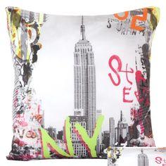 Szare poszewki na poduszki z New York Street