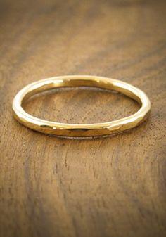perfect wedding band www.melissajoymanning.com