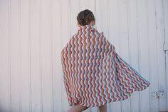 Mykt teppe i Extra Fine Merino. Fint bølgemønster som er lett å strikke. Teppet er fint både som babyteppe og sengeteppe til sprinkelseng. High Neck Dress, Dresses, Fashion, Turtleneck Dress, Vestidos, Moda, La Mode, Fasion, Dress