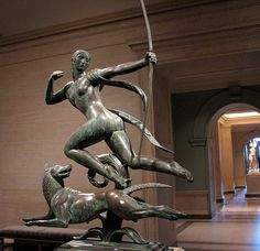 Paul Manship, depicts Diana the Huntress