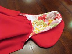 The Modest Homestead: Little Red Riding Hood Costume {Tutorial} Red Riding Hood Costume Kids, Costume Tutorial, Cape Tutorial, Halloween Costumes For Kids, Costumes Kids, Holiday Festival, Costume Dress, Couture, Little Red