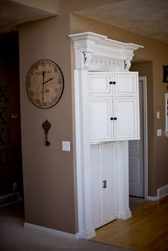"Very cool How-to (she calls it a ""half"" tutorial) on this split pantry door.  Love the idea."